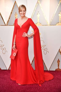 See Every Red Carpet Look at the 2018 Oscars: Allison Janney