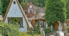Snow White's Cottage: A House Built with Fairy Tale Style in Washington