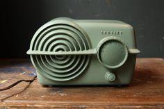 Crosley Bullseye Green Bakelite Radio Serenader 11-117U