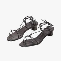 32d21223eb7 85 mejores imágenes de les chaussures en 2019