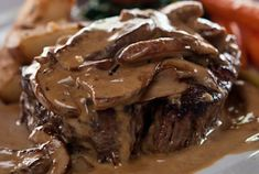 Steak Diane ~ The luscious cognac cream sauce with grilled mushrooms is absolutely gorgeous and served over a perfectly cooked Filet Mignon, with potato dauphinoise Steak Diane Sauce, Steak Diane Recipe, Oven Recipes, Sauce Recipes, Cooking Recipes, Water Recipes, Grilling Recipes, Grilled Mushrooms, Stuffed Mushrooms
