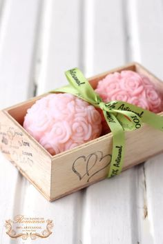 My gift to you , some lovely scented soaps. Wedding Welcome Gifts, Custom Wedding Favours, Soap Display, Rose Soap, Bath Soap, Soap Packaging, Soap Recipes, Home Made Soap, Handmade Soaps