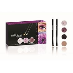 Stop worrying about irritating your eyes and create gorgeous looks with pretty, pure mineral shadows! This kit is a one stop shop for giving your eyes a little natural drama that looks as good as it feels. KIT INCLUDES:  3 Shimmer Powders (2.35g), 1 Mineral Make Up Base (8.5g), 1 Liner Brush, 1 Oval Eye Shadow Brush