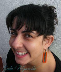 Pendientes/ earrings/ ohrringe klein Design by Evita Pulgarcita Joyería contamporánea You can visit my virtual store http://artesanio.com/shop/section/22908?shop_slug=evita-pulgarcita&section_slug=joyeria-contemporanea