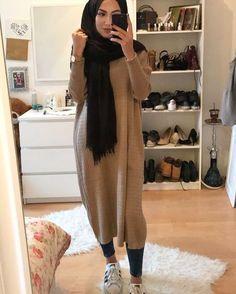 Fashion Nuriyah O Martinez Likes, 5 Comments 5 hijab styles - Hijab Modest Fashion Hijab, Modern Hijab Fashion, Street Hijab Fashion, Islamic Fashion, Hijab Chic, Muslim Fashion, Fashion Outfits, Modest Outfits Muslim, Modest Winter Outfits
