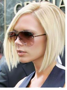 Victoria Beckham Inverted blonde bob