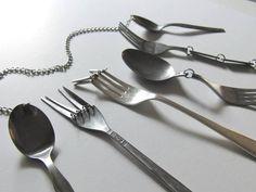 Une artiste revisite les objets du quotidien en en créant une version inutilisable. Horriblement frustrant !