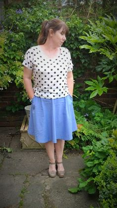 @sewaholic Chambray Hollyburn Skirt with @grainlinestudio  spotty Scout tee, blogged here: http://justsewtherapeutic.wordpress.com/2014/07/04/chambray-hollyburn-skirt-and-spotty-scout-tee/ #sewcialists