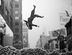 Garry Winogrand, fotógrafo callejero. | El tornillo que te falta