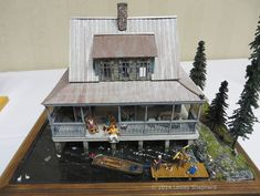 """Quarter Scale Dollhouses From the Spring 2014 Seattle Dollhouse Show: """"Pickett Pond"""" in 1:48 scale."""