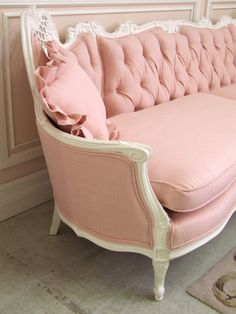 Vintage French Style Pink Linen Couch