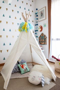 {Design} Baby G's Adventures Playroom!