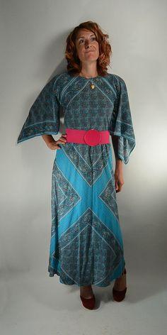 Maxi Handkerchief Dress Super 70s