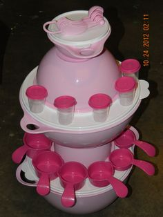 Tickled Pink Tupperware Basket $85