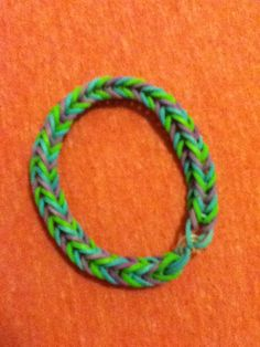 #rainbowloom fishtail bracelet