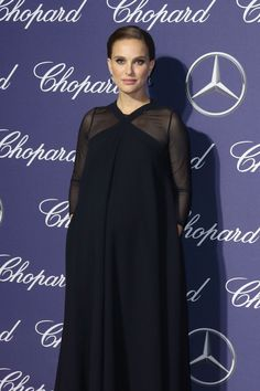 Pregnant Natalie Portman Stills at 28th Annual International Film Festival Awards  Read more: http://www.celebskart.com/pregnant-natalie-portman-stills-28th-annual-international-film-festival-awards/#ixzz4Z7U2N3wD