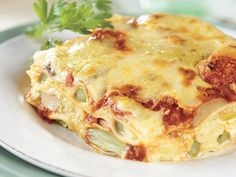 Looking for an authentic Italian recipe? Try Barilla's step-by-step recipe for Barilla® Oven-Ready Lasagne with Asparagus & Mushroom Sauce for a delicious meal! Homemade Lasagna Recipes, Easy Lasagna Recipe, Barilla Recipes, Pasta Recipes, Oven Ready Lasagna, Mushroom Sauce, Mushroom Lasagna, Meat Lasagna, Cheese Lasagna