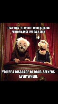 - Baskets and Boxes - Muppets Show : les deux vieux critiques dans la loge-balcon, Statler et Waldorf Muppets Show: the two old critics in the balcony-lodge, Statler and Waldorf. Pharmacy Humor, Medical Humor, Nurse Humor, Ems Humor, Funny Medical, Pharmacy Technician, Dental Humor, Funny Memes, Jokes