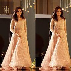 Bride Reception Dresses, Desi Wedding Dresses, Saree Wedding, Wedding Shoot, Party Wear Indian Dresses, Indian Wedding Gowns, Indian Gowns Dresses, Engagement Dress For Bride, Engagement Gowns