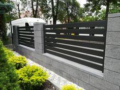 Fence Gate Design, Iron Gate Design, House Gate Design, Backyard Fences, Fenced In Yard, Front Yard Landscaping, Gate Designs Modern, Modern Fence Design, Modern Garden Furniture