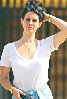 Lana Del Rey in Paris #LDR