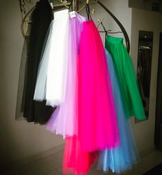 Tulle skirts / Faldas de tul.