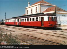 Ferroviaire en Alentejo Bonde, Diorama, Trains, Vintage, Steam Locomotive, Railings, Train, Traveling, Past
