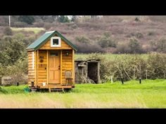 """Could you live """"tiny""""? Leah Wymer and Brady Ryan moved into 98 square feet so they could pursue their passions. From growing wedding flowers to making honey . Cottages By The Sea, Cabins And Cottages, Small Cabins, Tiny House Cabin, Tiny House On Wheels, Seattle Fashion, Unusual Homes, Tiny House Movement, Cozy Place"""