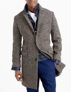 ludlow topcoat in irish herringbone tweed : men's coats & jackets Mens Tweed Overcoat, Suit Overcoat, Tweed Men, Vest Coat, Tweed Coat, Plaid Coat, Topcoat Men, Herringbone Coat, Men Accessories