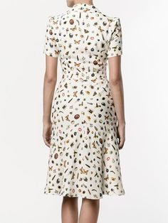 Shop Alexander McQueen Obsession print shirt dress from our Day Dresses collection. Alexander Mcqueen, Dressy Dresses, Summer Dresses, Teacher Dresses, Dresses For Apple Shape, Lace Dress Styles, Camisa Formal, Simple Outfits, Dress Collection