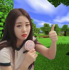 yves loona icons \ yves loona yves loona aesthetic yves loona selca yves loona so what yves loona photoshoot yves loona icons yves loona girlfriend material yves loona wallpaper Kpop Memes, Dankest Memes, Funny Memes, Funny Videos, Kpop Girl Groups, Korean Girl Groups, Kpop Girls, Meme Stickers, Minecraft Memes