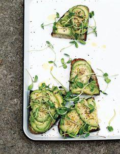 avocado toast |  Seven Spoons  @taraobrady
