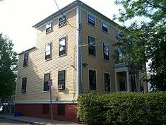 This is Margaret Fuller's home. She was an American transcendentalist. It is located at 71 Cherry Street, Cambridge, Massachusetts, and is now a National Historic Landmark. Federal Style House, Margaret Fuller, National Landmarks, Fuller House, Massachusetts, New England, 19th Century, The Neighbourhood, American