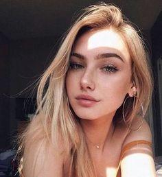 New photography poses selfie faces 51 ideas Beauty Makeup, Hair Makeup, Blonde Makeup, Makeup Inspo, Baddie Makeup, Cute Selfie Ideas, Creative Selfie Ideas, Pinterest Makeup, Photography Poses