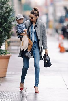 Miranda Kerr // Street style. gosh dangit she's amazing. I hope I look this fab when I have kids..