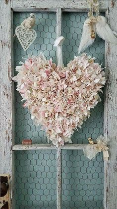 Tattered flower heart this beautiful fluffy heart is made from tattered and Valentine Decorations, Valentine Crafts, Be My Valentine, Vintage Shabby Chic, Shabby Chic Decor, Shabby Chic Crafts, Decoration Shabby, Fabric Hearts, Heart Crafts