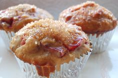 Strawberry Everything Muffins--both healthy and delicious. From Sweet-Lab.com