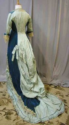 http://www.extantgowns.com/2012/02/beautiful-blue-bustle.html
