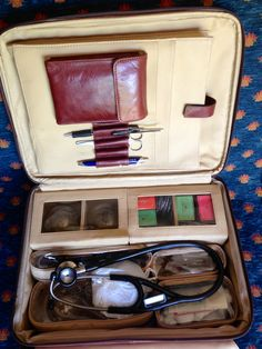 My travelling Chinese medicine bag, for call out emergencies. https://www.facebook.com/AnadasChineseMedicineClinic