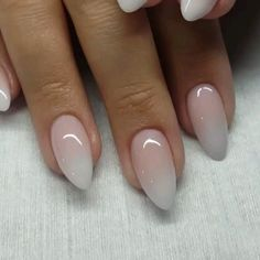 Make an original manicure for Valentine's Day - My Nails Short Almond Nails, Almond Shape Nails, Almond Acrylic Nails, Best Acrylic Nails, Short Almond Shaped Nails, Cute Nails, Pretty Nails, Hair And Nails, My Nails