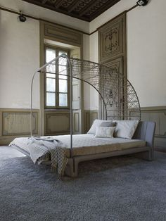 Upholstered double #bed TWICE by MATTEOGRASSI   #design Franco Poli #bedroom