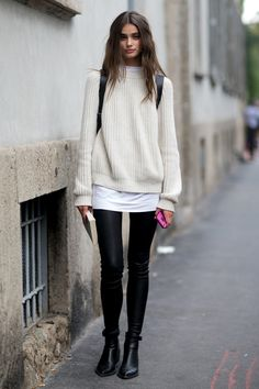 My favorite combo. Yoga pants or skinny jeans and an oversized sweater and boots <3