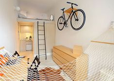 Brilliant Micro Apartment Design Ideas For Cozy Living 28 home Micro Apartment, Tiny Apartments, Minimal Living, Minimal Home, Home Library Design, House Design, Appartement Design Studio, Small Studio Apartment Design, Studio Design