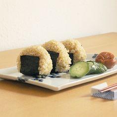 Onigiri ( rice balll )        おにぎり