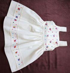 Super Ideas sewing shirt pattern little girls - Kindermode 2020 Girls Frock Design, Kids Frocks Design, Baby Frocks Designs, Baby Dress Design, Frocks For Girls, Dresses Kids Girl, Little Girl Dresses, Kids Outfits, Baby Girl Dress Patterns