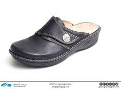 K800-23-02 : slippers for women