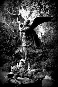 Sculpture Garden in Zilker Park - Austin, Texas Zilker Park Austin, True Gift, Sculpture Garden, A Moment In Time, Plastic Art, Austin Texas, Statues, The Past, Sculptures