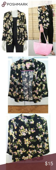 Candies Floral Blazer Long sleeve floral blazer Size Small. Gently worn, Shell material: 100% Rayon. Sleeve Lining: 100% polyester Candie's Jackets & Coats Blazers