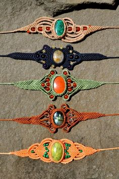 Macrame bracelets - Ad for maybe tutorials.  Does not click thru yet - If the tutes are as nice as the pictures.......