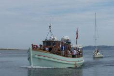 m/s Tunø  Hver torsdag i løbet af sommeren sejler M/S Tunø fra Mårup på Samsø til skibets gamle hjemhavn på Tunø.  Der er afgang kl. 09.00 og kl. 11.00 fra Mårup Havn og vi sejler retur kl. 15.00 og kl. 17.00 fra Tunø. Cykler kan medbringes. 150kr
